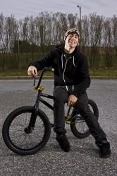 sit w-bike